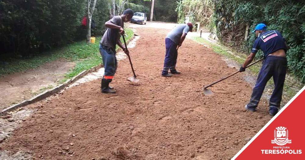 Prefeitura realiza serviços de manutenção na cidade e no interior