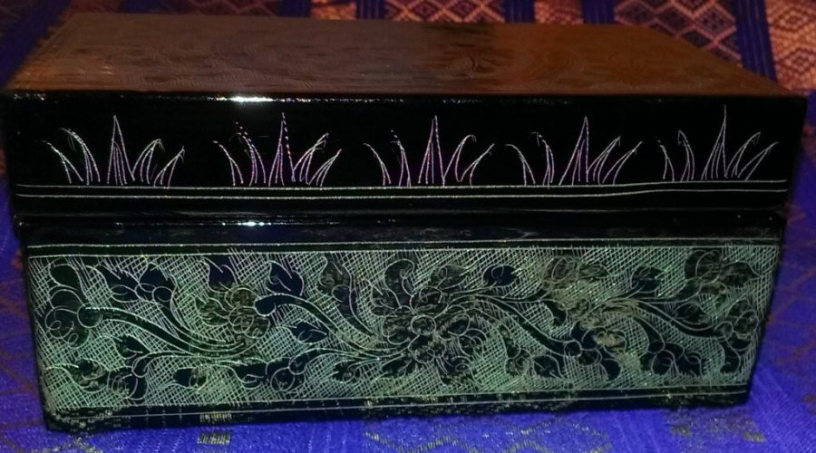 """side of the box from NOVICA called """"Jade Bouqet"""""""