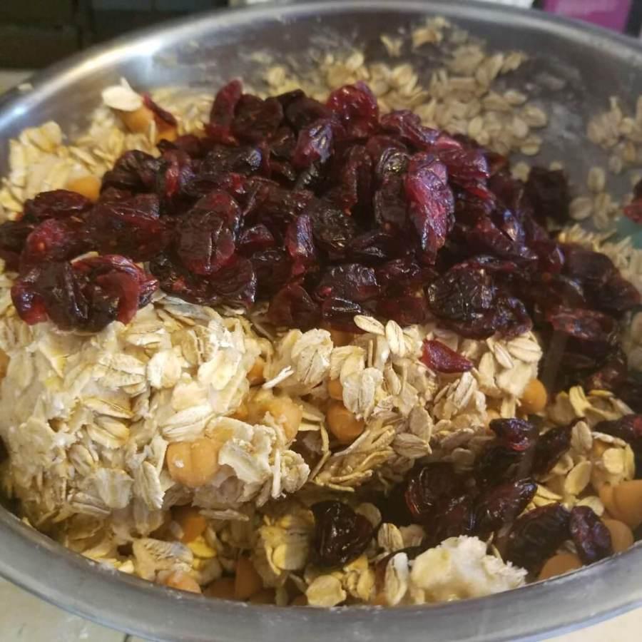 oatmeal cranberry butterscotch cookies
