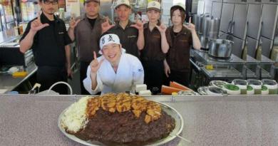 Mau Makan Gratis Dan Enak ? Datanglah Ke Restoran Jepang Mewah Ini