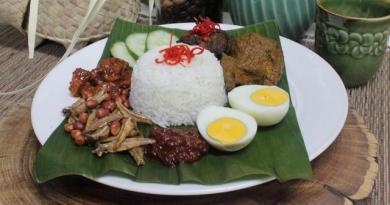Menikmati Kuliner Cita Rasa Nusantara Saat Berbuka Puasa Bersama Keluarga