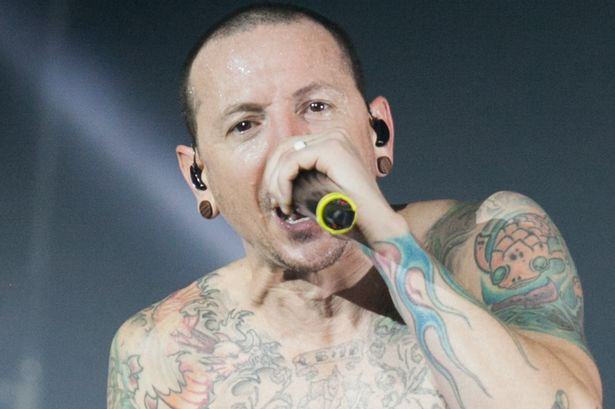 Chester Bennington Vokalis Linkin Park Meninggal