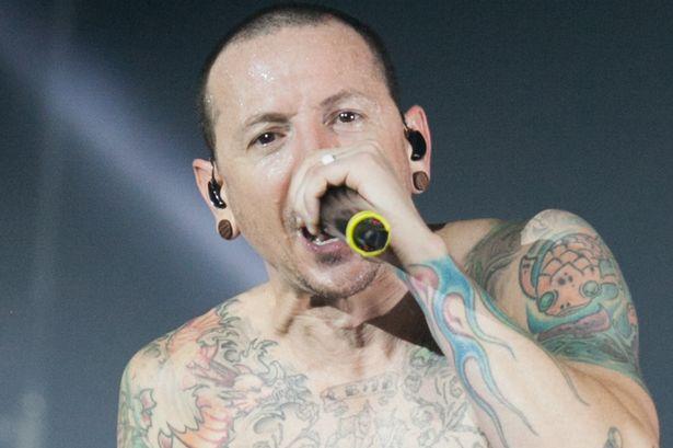 Chester Bennington Vokalis Linkin Park Meninggal