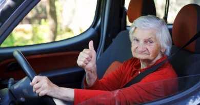 Mengemudikan Mobil Porsche Dengan Kecepatan 238 Km Jam Nenek 79 Tahun Ini Ditangkap