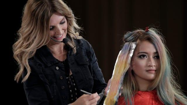 Cara Perawatan yang Tepat untuk Rambut yang Sering di Warnai