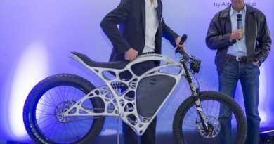Hasil Cetakan Printer Pertama di Dunia Sepeda Motor Listrik