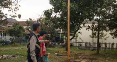 Lomba Panjat Pinang Warga Bandung Tewas Terjatuh