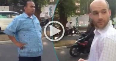 Viral, Sopir Taksi Ngamuk Sama Bule Karena Nambrak Mobilnya