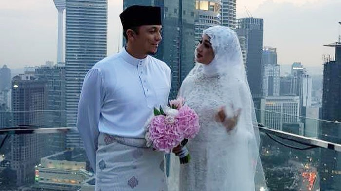 Maskawin Pernikahan Engku Emran dengan Laudya Cynthia Bella