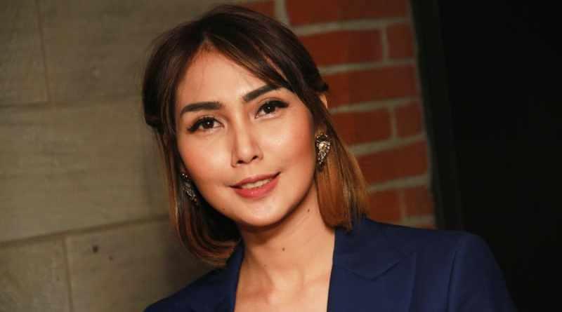 Fenita Arie Akan Jalani Operasi Akibat Ketumpahan Air Mendidih