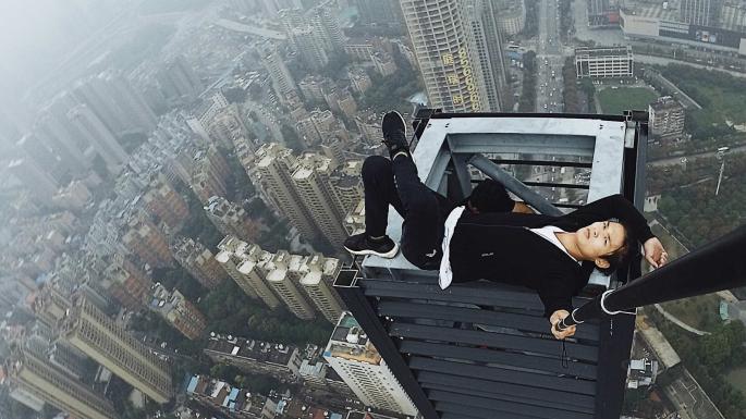 Fakta Dibalik Detik-detik Selebgram Wu Yong Ning Tewas dari Gedung 62 Lantai