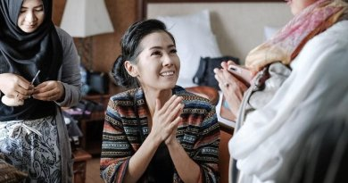 Ardina Rasti Pakai Kebaya Lengkap dengan Paes Agengnya Bikin Netizen Panling