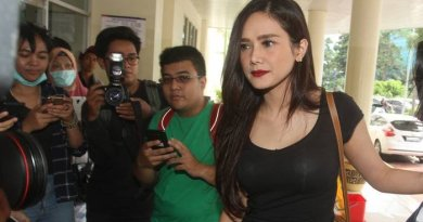 Mulan Jameela Dibully Netizen Gara-gara Curhat Begini Sambil Pakai Koyo Sampai Dua