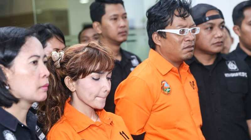 8 Lawyer Roro Fitria Mengundurkan Diri Ada Apa?