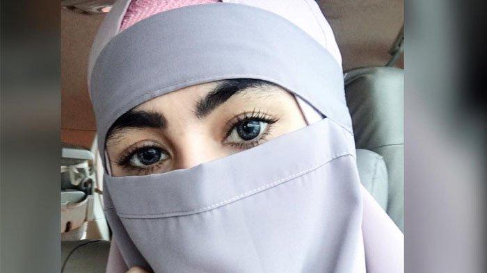 Kartika Putri Ceritakan Pengalaman Pahit Saat ke Bandara Ketika Pakai Cadar