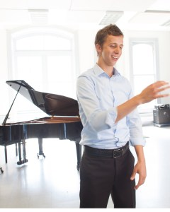 Josh Rist wants choir singers to own the music they sing. (Photo: Chris Becerra)