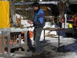 Die provisorische Freiluftwerkstatt für's Löten, Schrauben und alles ... :-D