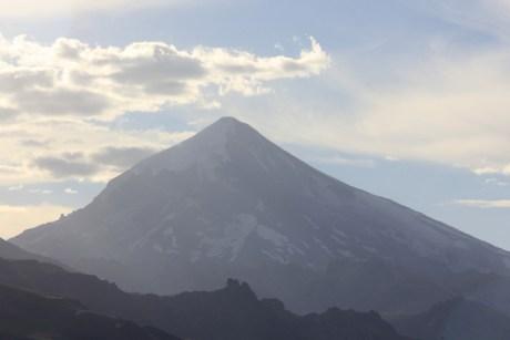 Vulcão Lanín, que recepciona os viajantes que seguem para Pucón