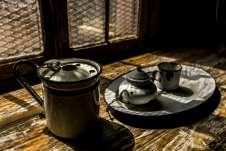 Utensílios de cozinha que hoje só servem como peças de decoração