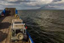 Nos aproximando da Isla de Ometepe, a maior ilha do Lago Nicarágua.