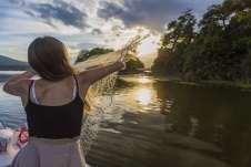 Aprendendo a pescar com autênticos pescadores das Isletas de Granada. Imagem: Lago Nicarágua