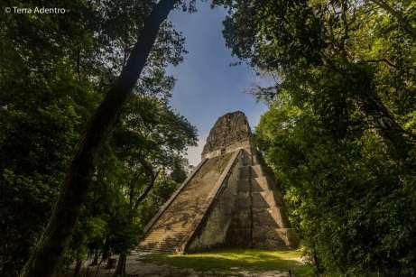 As pirâmides incríveis de Tikal, a antiga capital do Império Inca