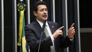 Photo of Entrevista com o deputado Betinho Gomes: Relator da Medida Provisória que institui a Taxa de Longo Prazo (TLP)