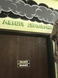 Alien Center