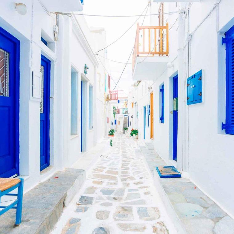 Starwood-Hotel-Destination-Greece-Mykonos-Matoyianni-Street-1024x1024