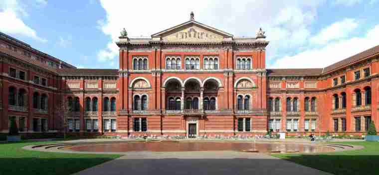 Victoria-and-Albert-museum-London