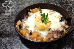 Receta de brocheta de langostinos y salsa de parmesano