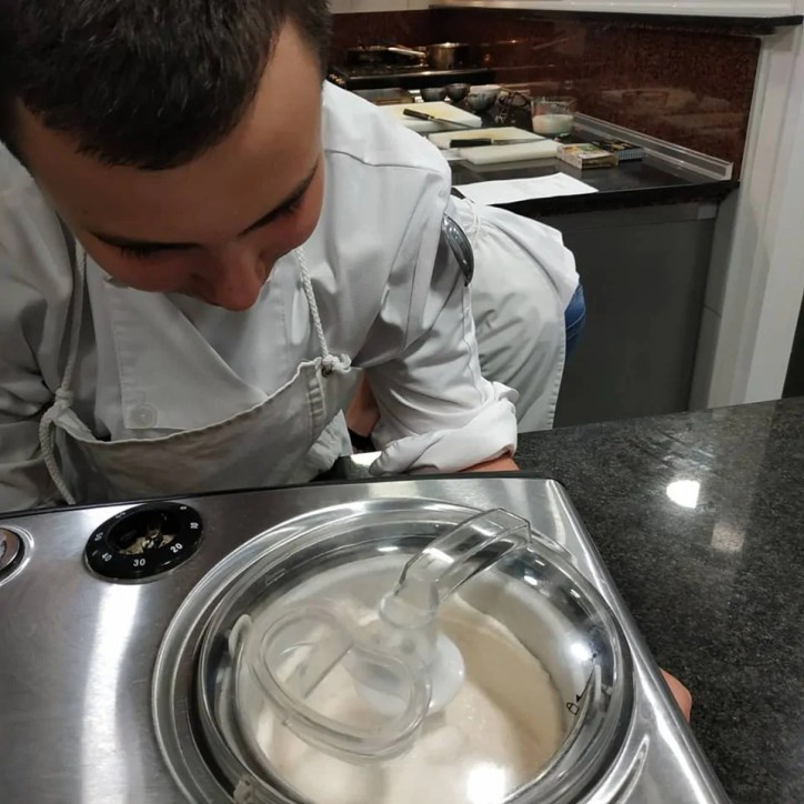 Receta de helado de leche merengada