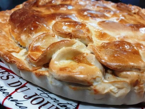 Empanada de sobrasada y queso
