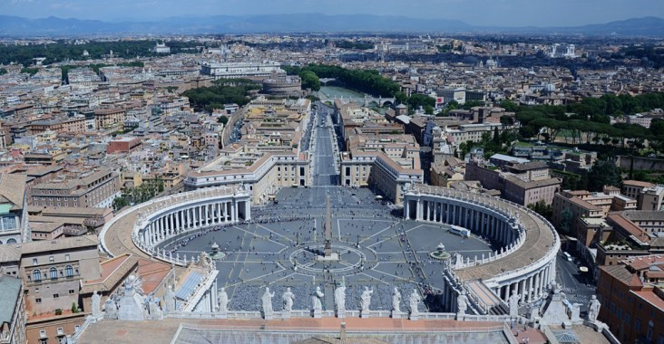Tips for Visiting Vatican City || terragoes.com