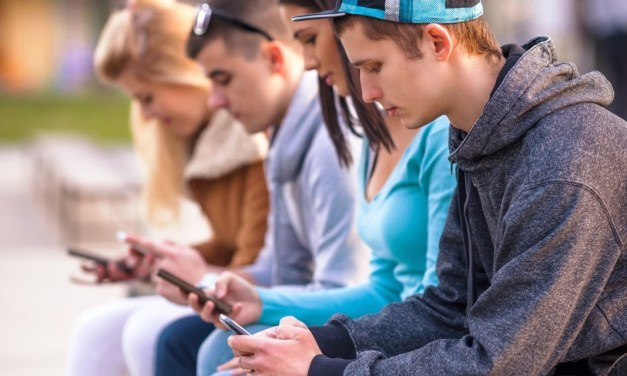 Generazione Z: come comunica sulle reti sociali?