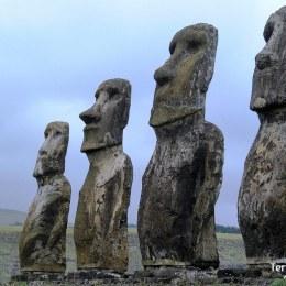 Alcanzar la remota Isla de Pascua, Rapa Nui