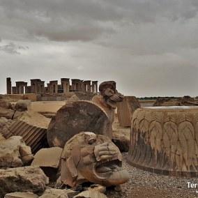 viajes-iran-persepolis-05