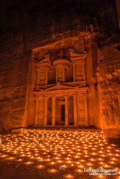 viajes-jordania-petra-noche