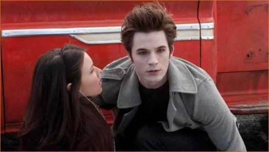 """Becca (Jenn Proske) and Edward (Matt Lanter) wait in vain for laughter in """"Vampires Suck""""."""
