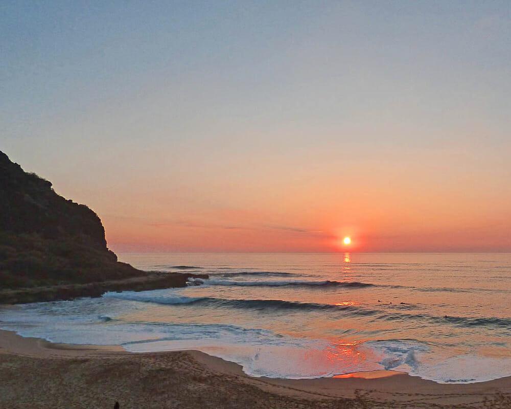 Hawaii sunset with Mauna Lahilahi