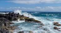 Tides hitting the rocks at Lapahoehoe Bay