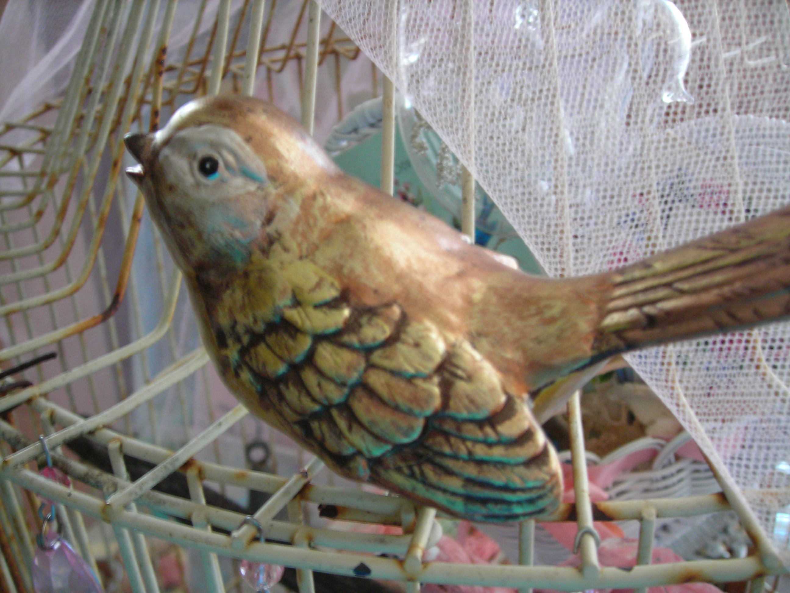 meet my other new bird ... will add some sparkle to his wings ... too sweet