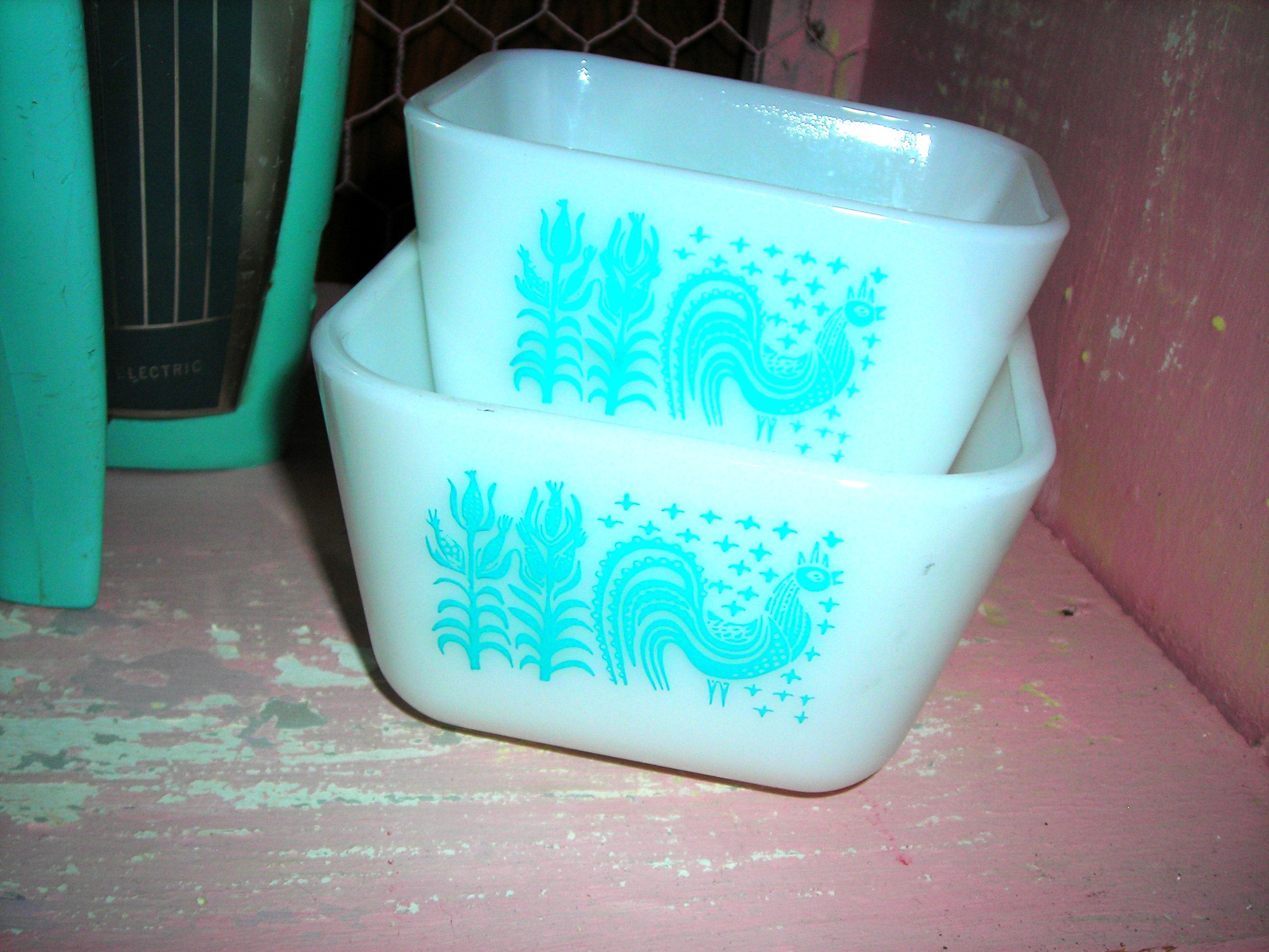my friend bonnie got me these vintage turquoise pyrex pieces. we both cried because without realizing it, she had bought me the SAME set that my mother used to have ... i only had one piece left of hers.