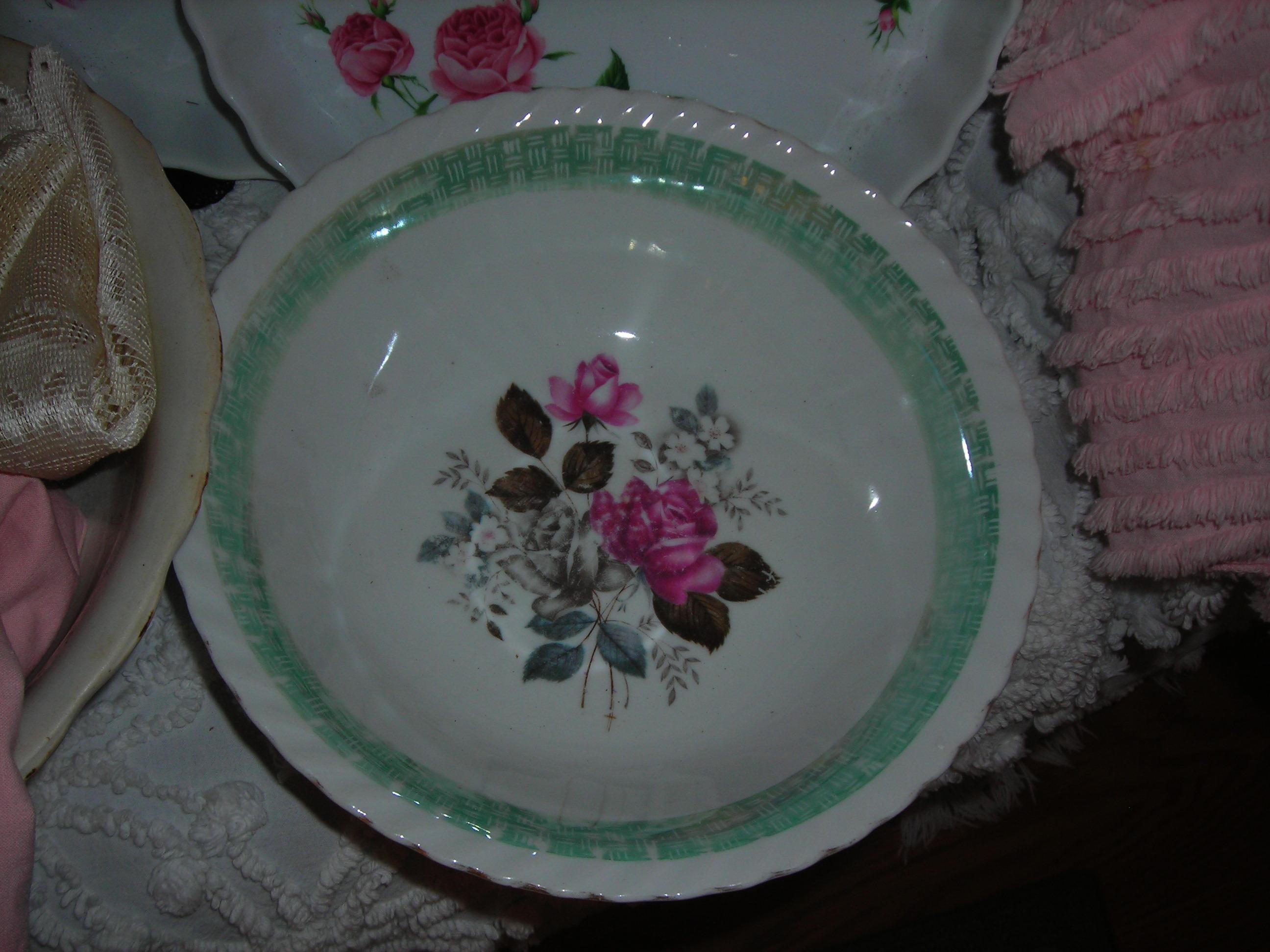 too sweet rose bowl! $1!!