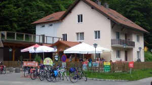 Cafe at the Obermuhl ferry landing