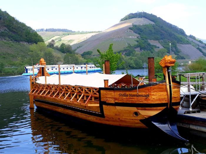 viking boat and Patria