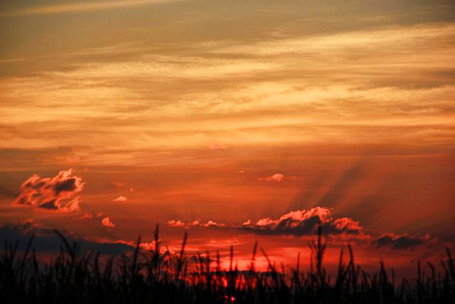 sunrise and clouds (640x427)
