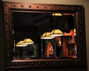 Irish restaraunt reflection in mirror (640x518)