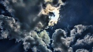 sun against clouds fun(640x360)