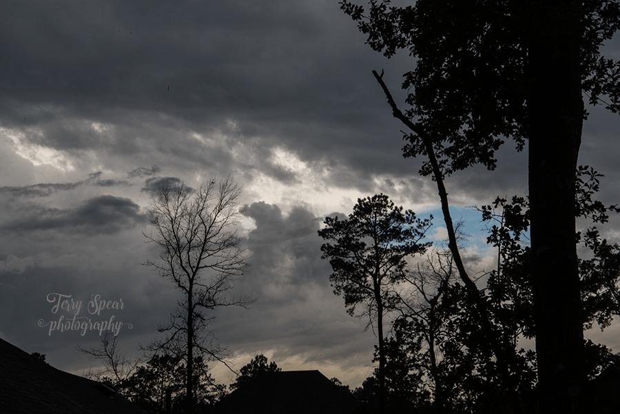 dark storm blue sky 900 037